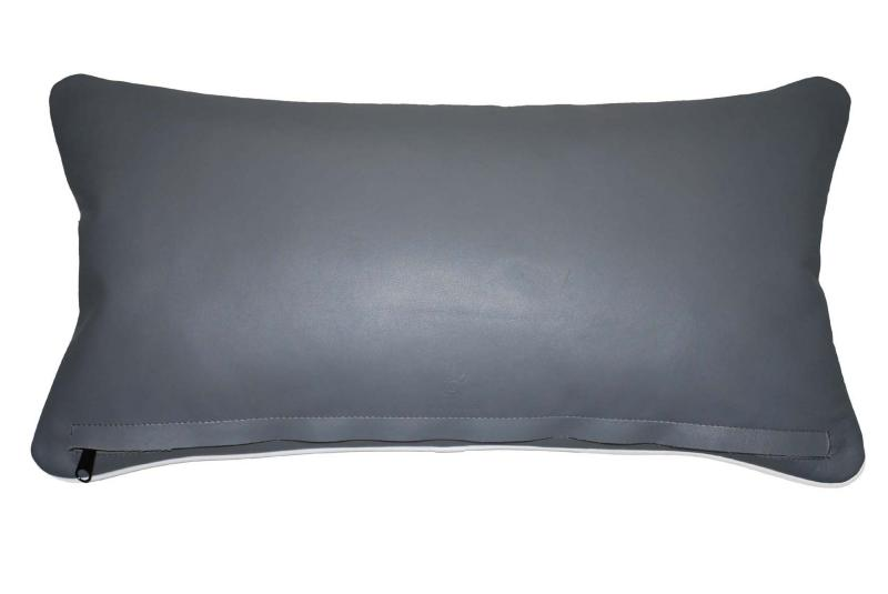 coussin en cuir rhinoc ros anthracite. Black Bedroom Furniture Sets. Home Design Ideas